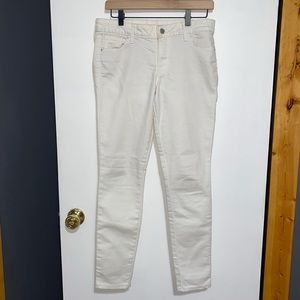 Old Navy Rockstar Stay White Jeans 6